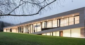 I/O architects – Slight slope long house, 2014