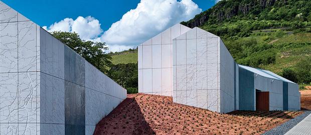Plant-Atelier Péter Kis – Bazaltbor Winery, 2010