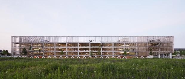 Jacques Ferrier Architectures – Les Yeux verts – 2010